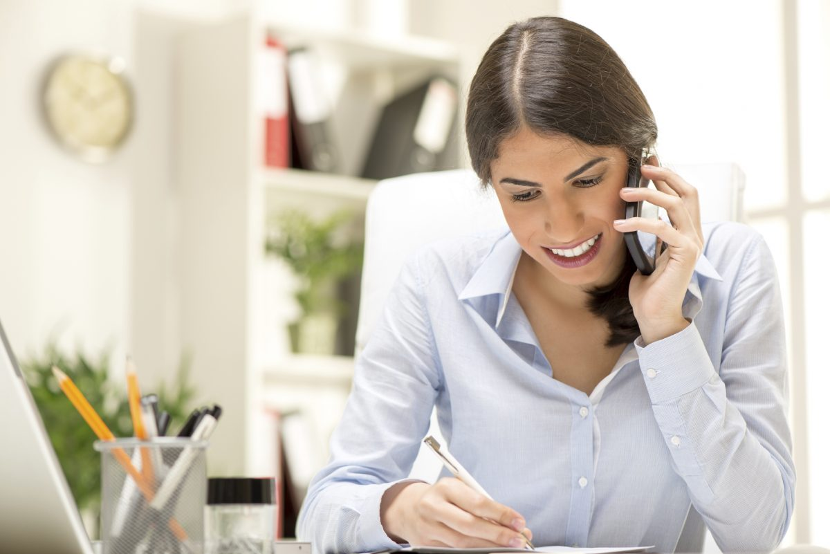 Using A Call Center To Take Your Calls
